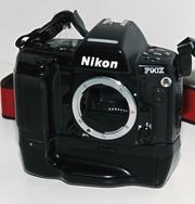 Продам плёночный фотоаппарат Nikon F90